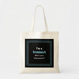 Branco feminista do slogan da superpotência no sacola tote budget