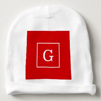Branco vermelho monograma inicial quadro gorro para bebê