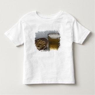 Brasil. Um vidro de refrescar a energia de Guarana Camiseta Infantil
