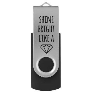 Brilho brilhante como uma movimentação de USB do Pen Drive Giratório