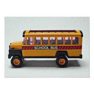 Brinquedo do auto escolar para miúdos convites
