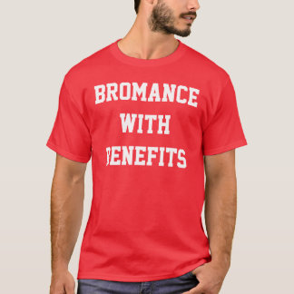 Bromance com a camisa do vermelho dos benefícios