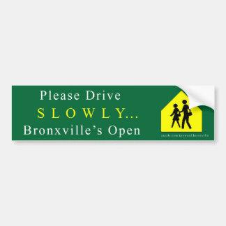 """Bronxville """"lentamente"""" autocolante no vidro trase adesivo para carro"""