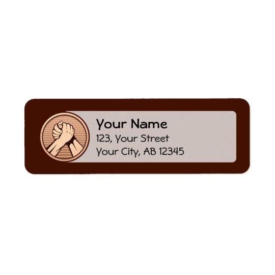 Bronze da luta de braço etiqueta endereço de retorno