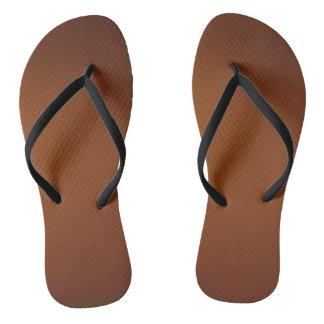 Brown desvanece-se chinelos
