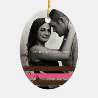 Brown e noivado cor-de-rosa da foto ornamento