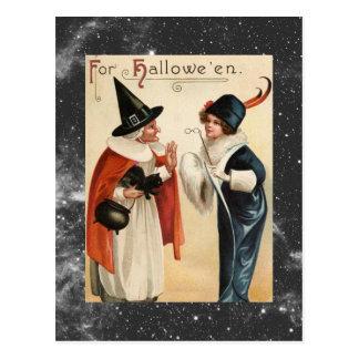 Bruxa idosa do Dia das Bruxas do vintage e senhora Cartão Postal