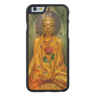 Buddha dourado no templo