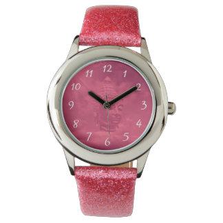 buddha em relógios cor-de-rosa