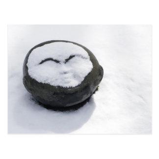 Buddha feliz com Facial da neve Cartão Postal