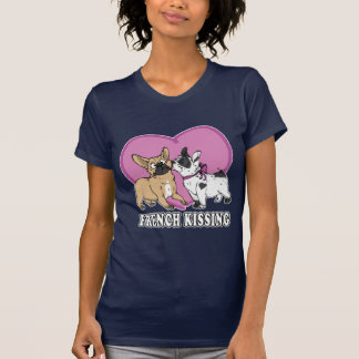 (Buldogue) beijo francês Camisetas