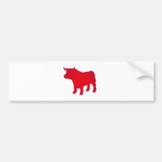 Bull considera o vermelho adesivo para carro