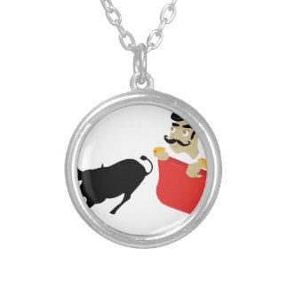Bullfighter Colar Banhado A Prata