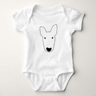 Bullie grande enfrenta a camisa do bebê T