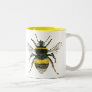 Bumble a caneca do tom da abelha dois