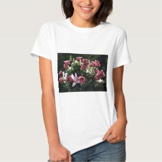 Buquê romântico do rosa do rosa tshirts