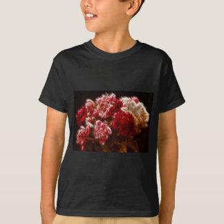 Buquê vermelho flamejante da flor da peônia camiseta