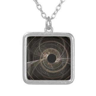 Buraco negro colar banhado a prata