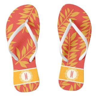 Cabana tropical coral e amarela com monograma chinelos