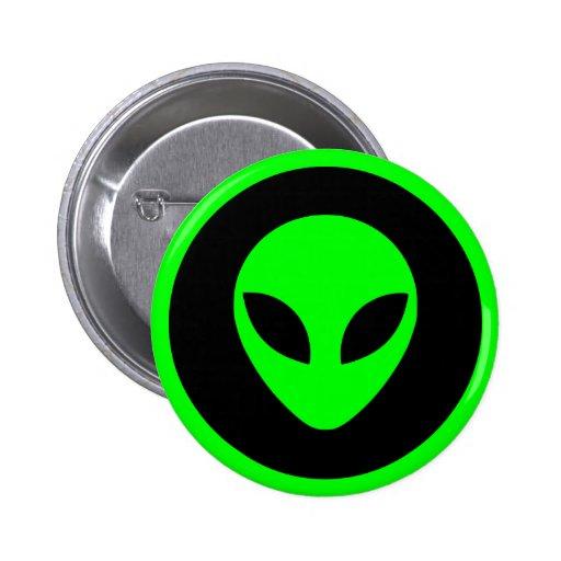 Cabeça estrangeira verde boton