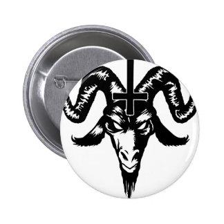 Cabeça satânica da cabra com cruz preto boton