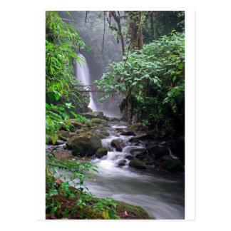 Cachoeira de conexão em cascata Costa Rica da tran
