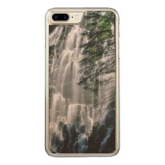 Cachoeira na floresta, Oregon Capa iPhone 7 Plus Carved