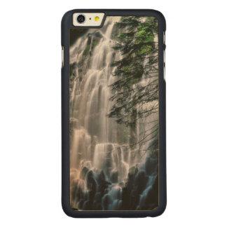 Cachoeira na floresta, Oregon Capa Para iPhone 6 Plus De Carvalho, Carved®