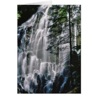 Cachoeira na floresta, Oregon Cartão Comemorativo