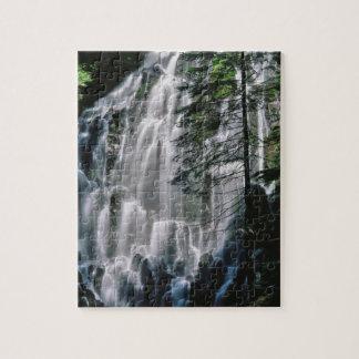 Cachoeira na floresta, Oregon Quebra-cabeças