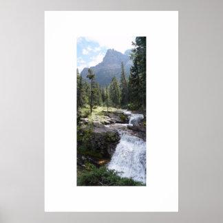 Cachoeira no parque nacional de geleira poster