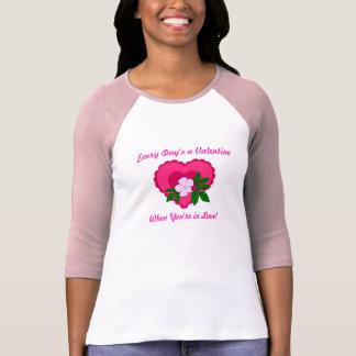 Cada camisa dos namorados do dia t-shirts