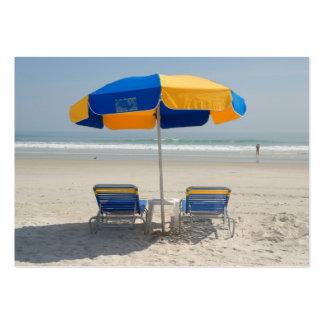 cadeiras de praia vazias cartao de visita