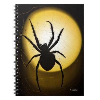 Caderno amarelo das belas artes da aranha | por