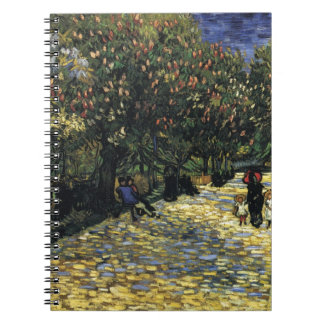 Caderno Avenida com as árvores de castanha em Arles - Van