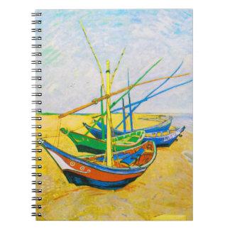 Caderno Barcos de pesca na praia em Saintes-Maries