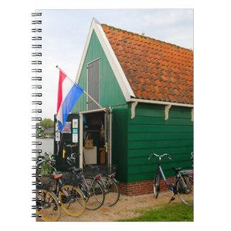 Caderno Bicicletas, vila holandesa do moinho de vento,