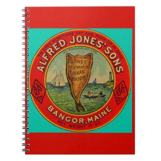Caderno cerca da etiqueta 1900 de Finnan Haddie dos filhos