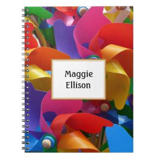 Caderno colorido personalizado do Pinwheel