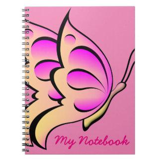 Caderno cor-de-rosa da borboleta