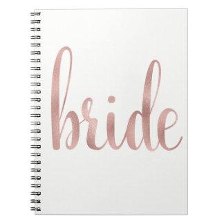 Caderno cor-de-rosa da noiva da folha de ouro