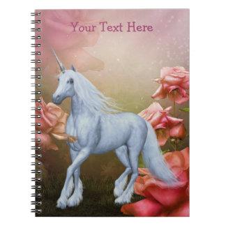 Caderno cor-de-rosa do cavalo da fantasia dos rosa