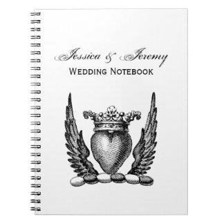 Caderno Coração heráldico com crista da brasão das asas