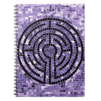 Caderno da foto do labirinto VI