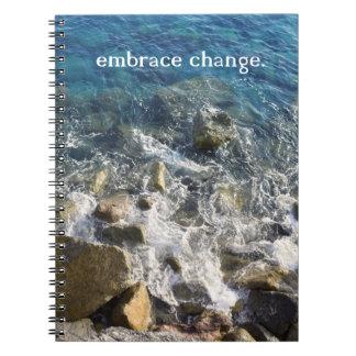 Caderno da mudança do abraço