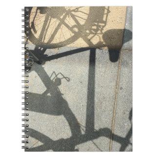 Caderno da sombra da bicicleta