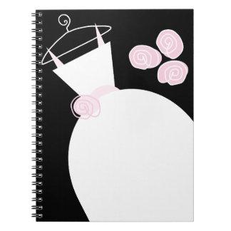 Caderno do preto do rosa do vestido de casamento