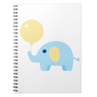 Caderno elefante do bebê azul com balão