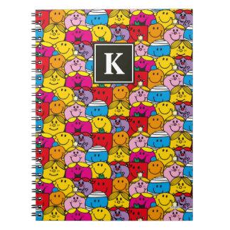 Caderno Em um monograma do teste padrão | da multidão