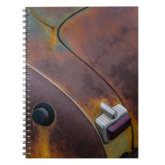 Caderno Espiral A beleza da textura de um carro vintage